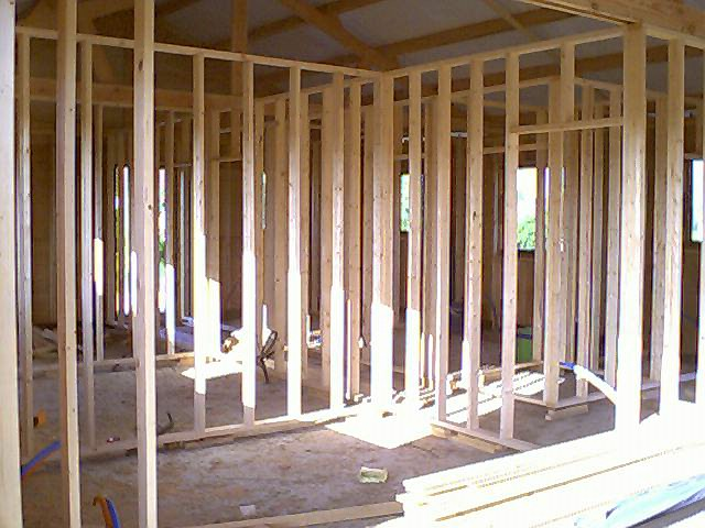 Chalet houten woning daniel decadt houten constructies houthandel proven - Interieur houten chalet ...