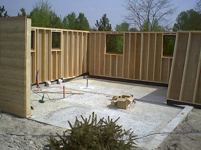 Tuinhuis tuinhuis constructie inspirerende foto 39 s en idee n van het interieur en woondecoratie - Houten chalet interieur ...