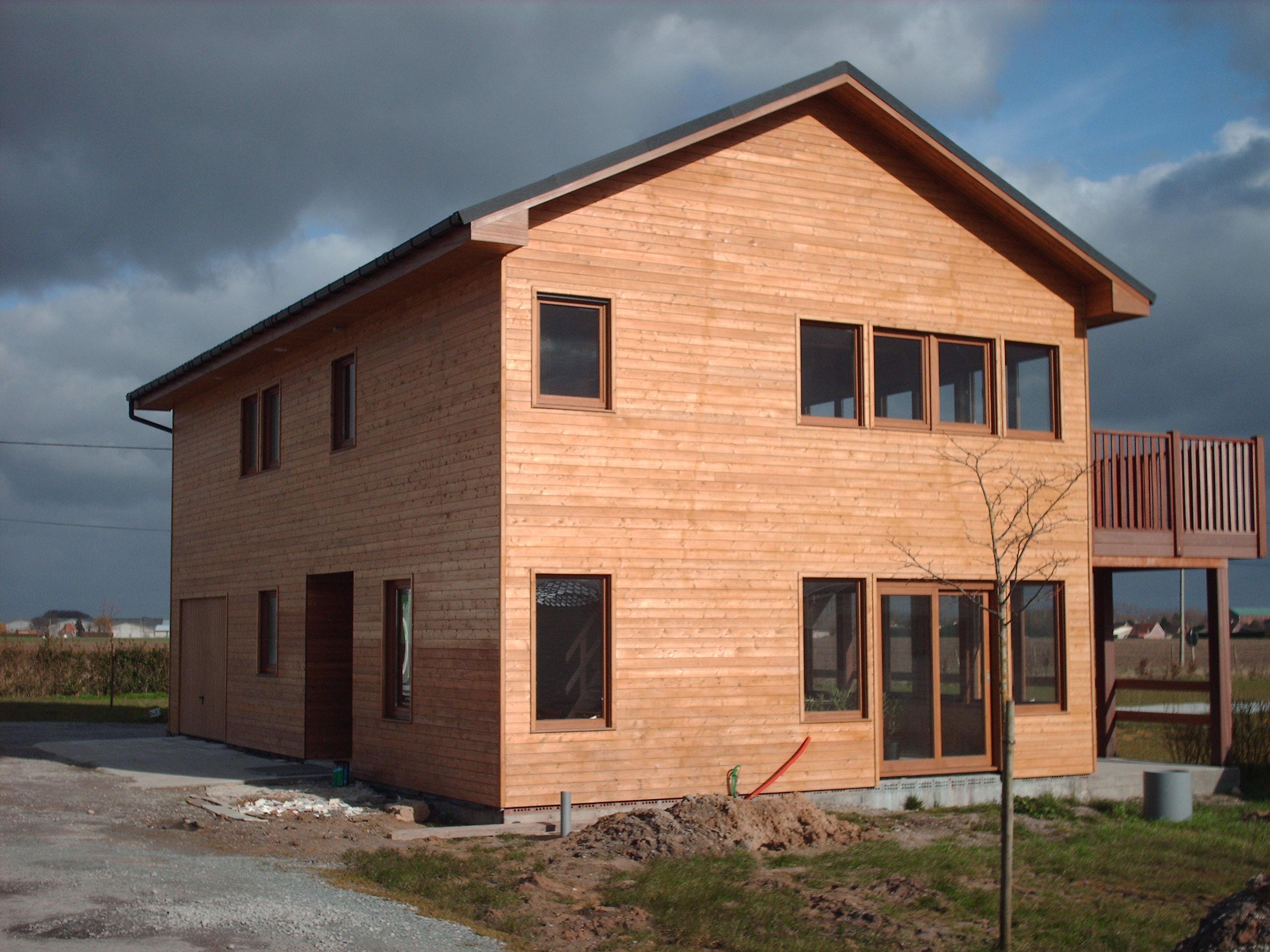 Chalet houten woning daniel decadt houten constructies houthandel proven - Interieur chalet houten berg ...